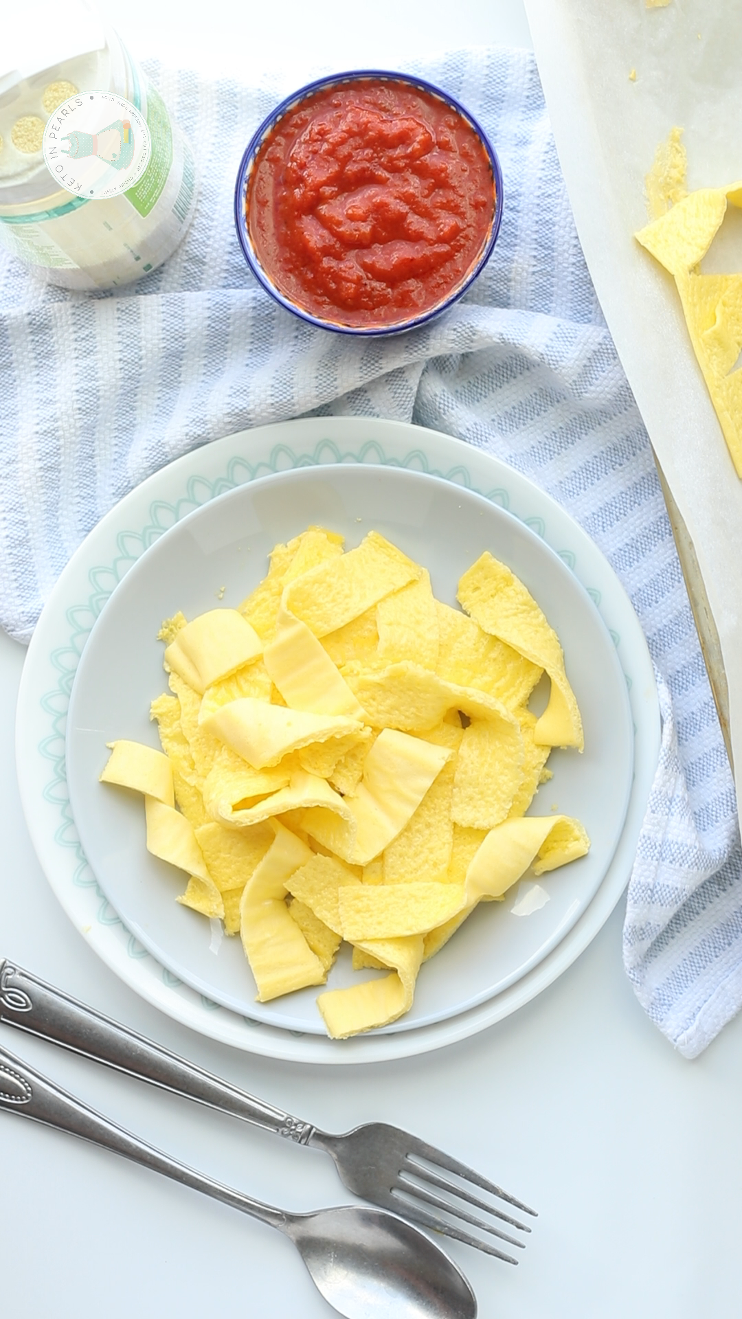 Keto egg noodles are an easy and low carb alternative for pasta. Ready in under 10 minutes, less than 2 carbs per serving, and the perfect way to soak up all the your favorite keto pasta sauces!