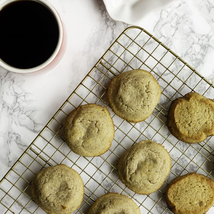 Soft, chewy, sugar free keto snickerdoodles. Basic ingredients, easy to make, and kid friendly! Only 1 net carb per cookie too!
