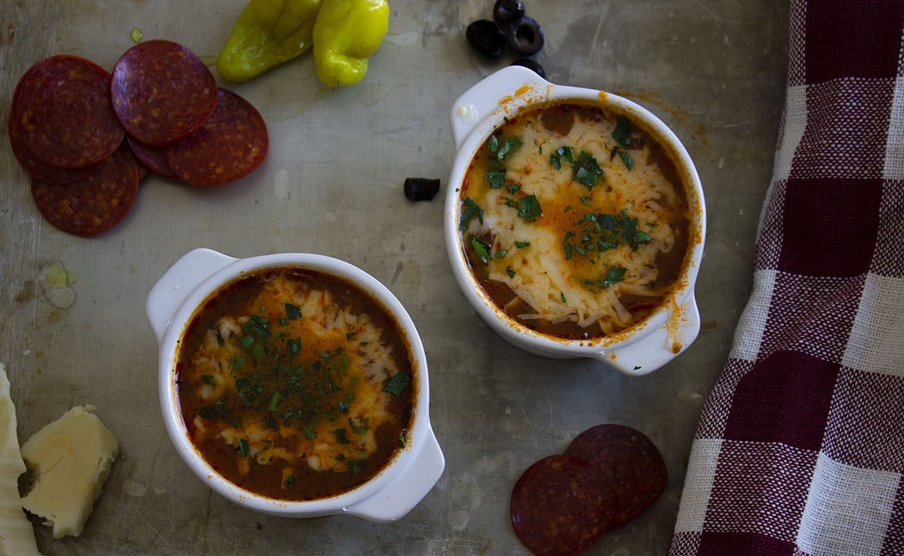 This low carb pizza soup is everything you need for a keto pizza night! This low calorie and lower fat soup is delicious on its own or with keto garlic bread! A bonus recipe is include for keto garlic bread!