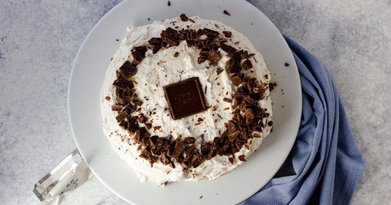 Keto Chocolate Candy Bar Cake