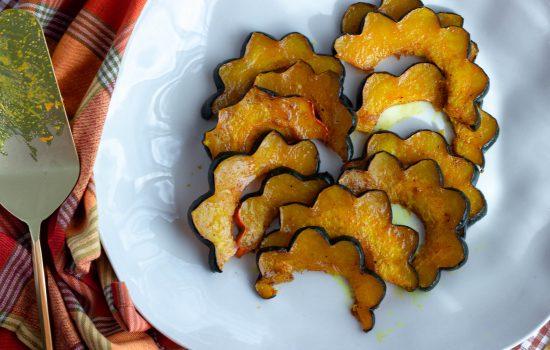 Maple Spice Roasted Acorn Squash {low carb, paleo}
