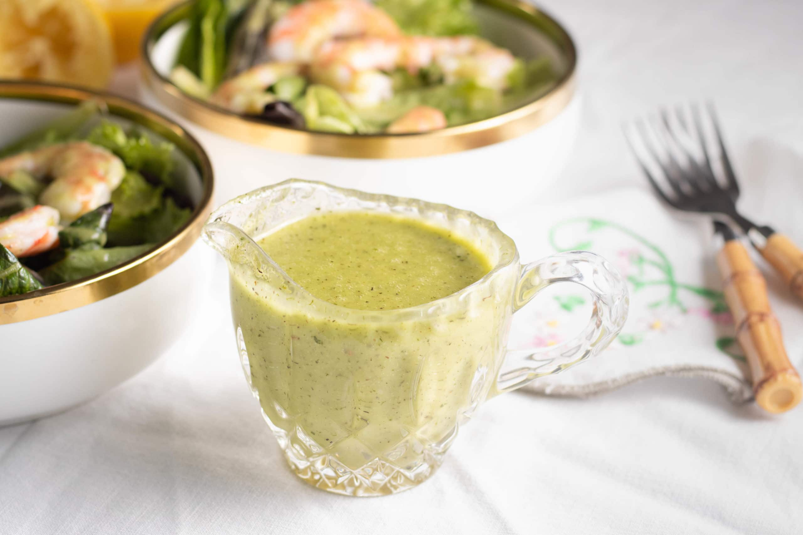 Low Carb Salad Dressing with Garlic and Lemon