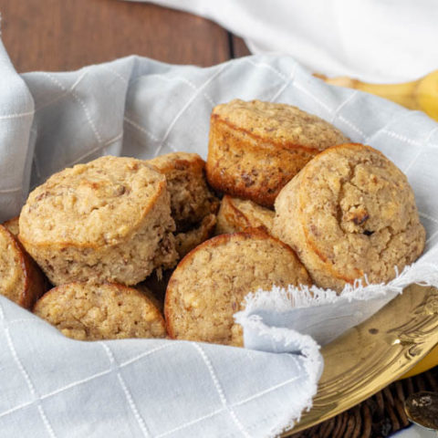 Healthy Banana Muffins with Walnuts